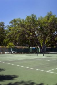 side-tennis-courts