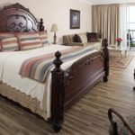 River Suite 102 - King Size Bed