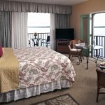 River Suite 305 - King Size Bed