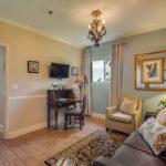 River Suite 105 - Adjoingin Room