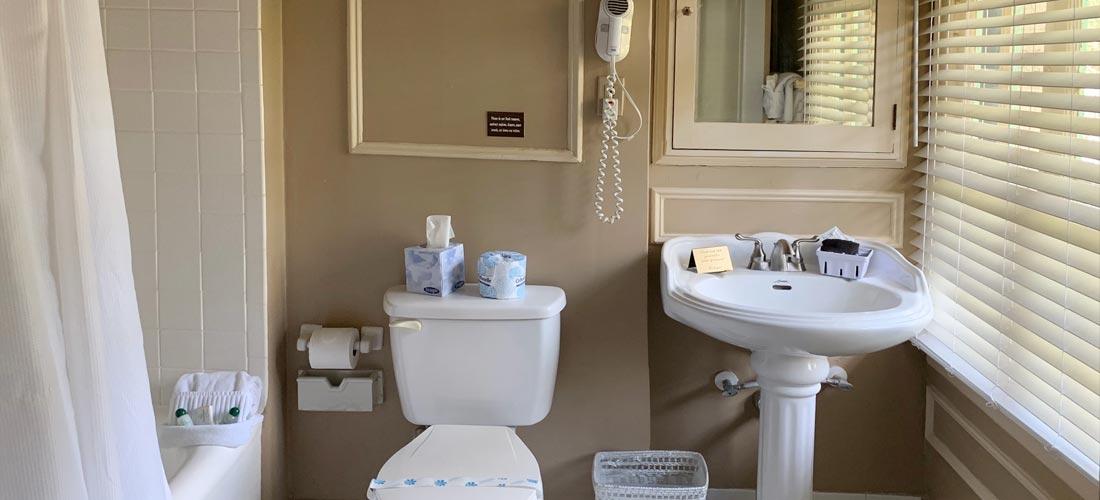 English Room Bath