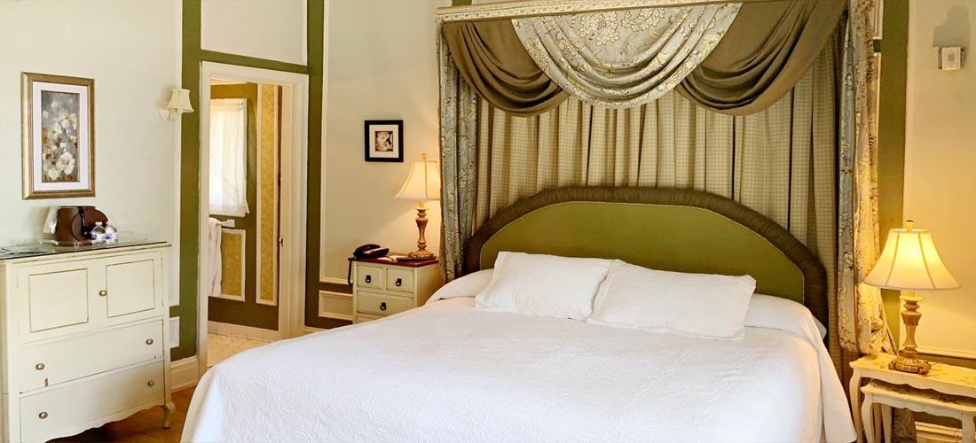 Italian Room Bed