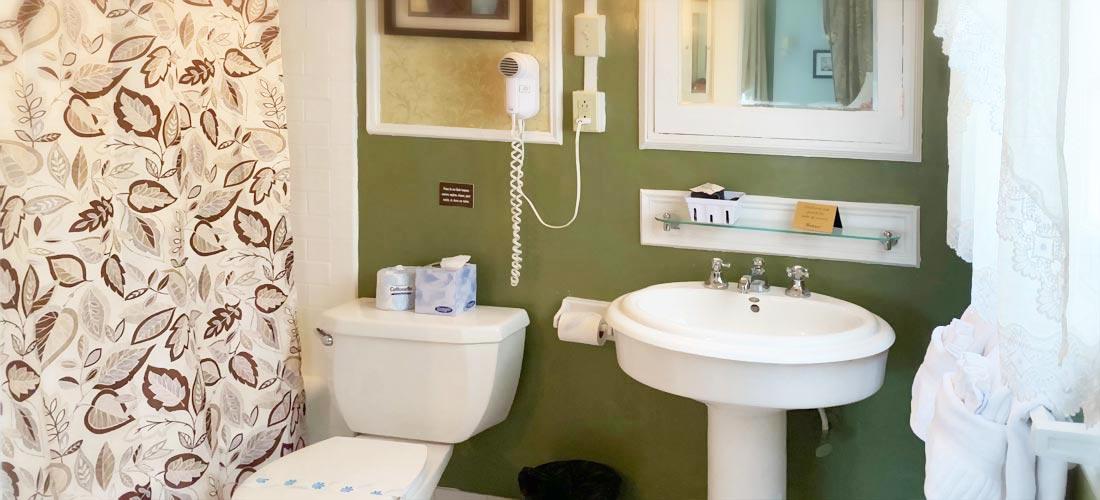 Italian Room Bath