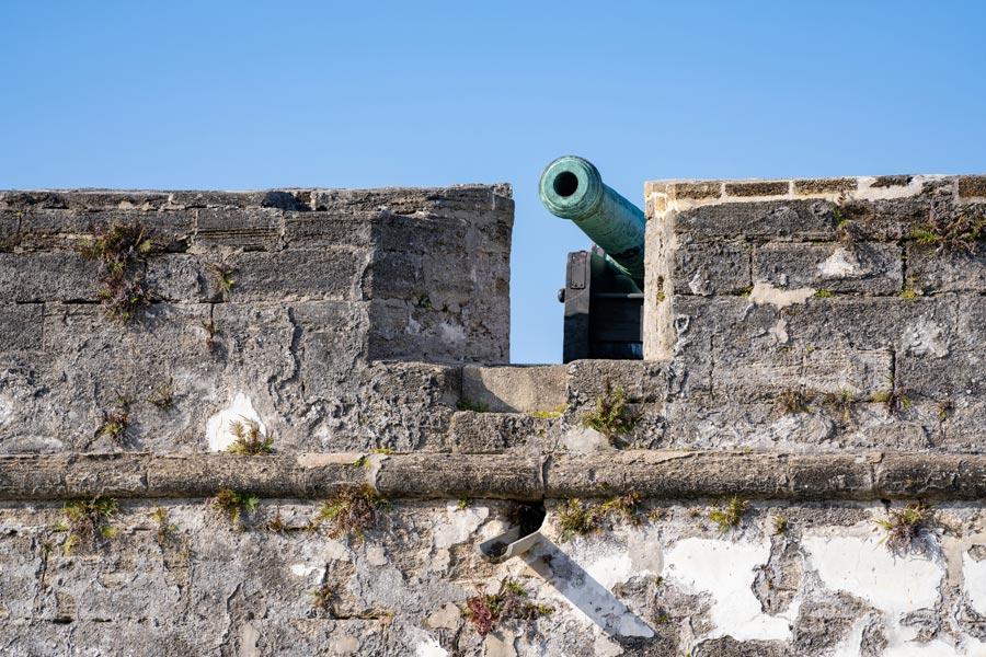 Castillo de San Marcos battlements and cannon